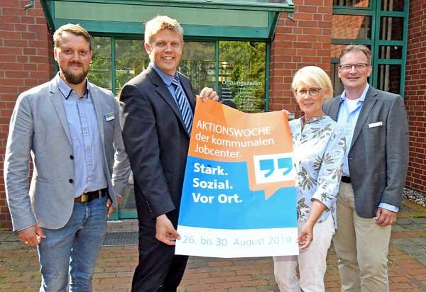 Astrid Damerow beeindruckt von der Arbeit nordfriesischer Sozialzentren