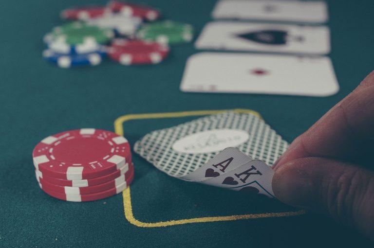 Poker: Glück oder Können?