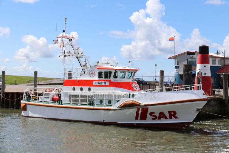 Fahrgastschiff mit 50 Kindern an Bord im Wattenmeer zwischen Pellworm und Eiderstedt festgekommen